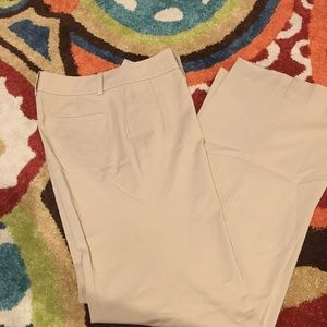 Khaki Ann Taylor S 10 Pants